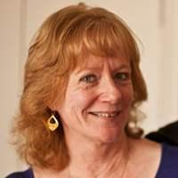 Lesley Hamlyn