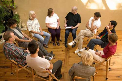 Find psychologists, counsellors and other therapists experienced in group therapy